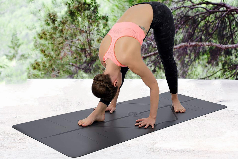 6 Best Travel Yoga Mats Uk 2020 Reviews Buying Guide Offers