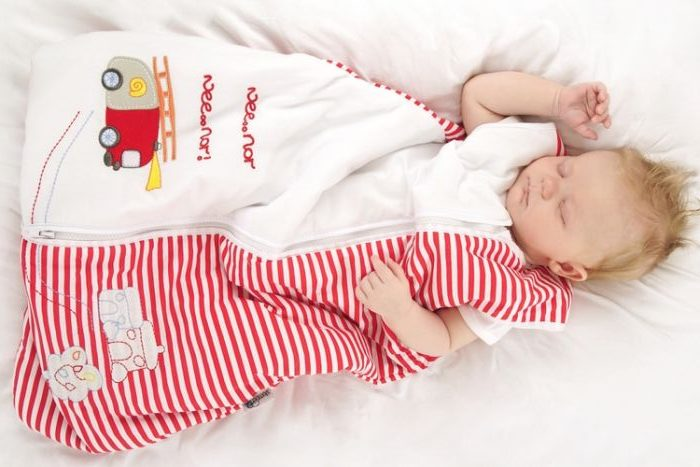 baby sleeping bag red, white