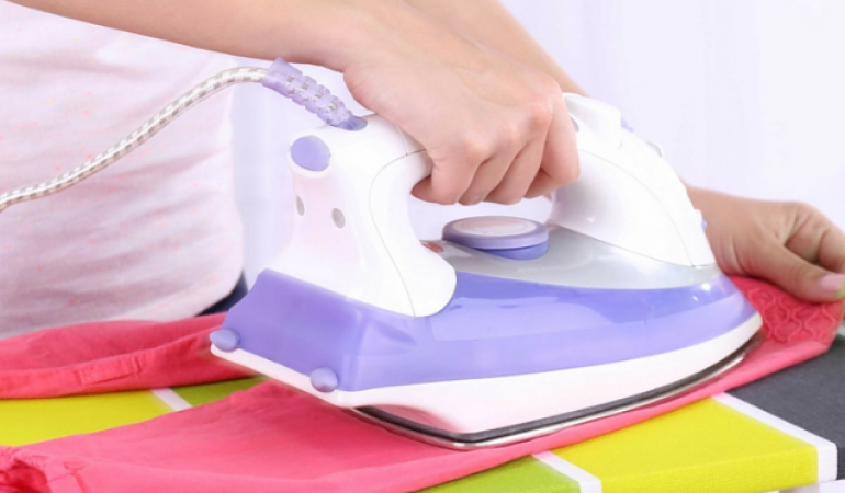 5 Best Steam Irons Uk 2019 Reviews Buying Guide Offers